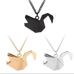 Elegant origami swan pendant - silver